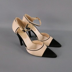 CHANEL Size 10 Beige Silk Ankle Strap Cap Toe Pumps