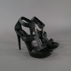 FENDI Size 10.5 Black Leather Silver Zipper Platform Sandals