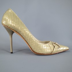 GUCCI Size 9.5 Mint Beige Snakeskin Silver Horsebit Pointed Toe Metal Heel Pumps