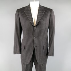 KITON 40 Regular Charcoal Pinstripe Wool 33 30 3 Button Suit