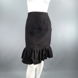 LANVIN Size 6 Black Silk  Ruffle Hem Pencil Skirt 2006