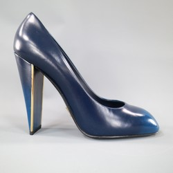 LOUIS VUITTON Size 7 Navy Blue Ombre Leather Flat Heel  'PROVOC' Pumps