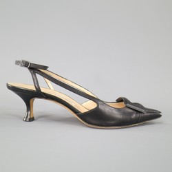 MANOLO BLAHNIK Size 8 Black Leather Buckle Toe Slingback Pumps