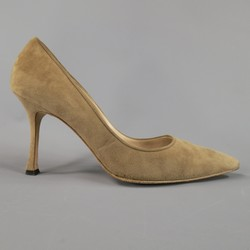 MANOLO BLAHNIK Size 8 Taupe Suede Pointed Toe Pumps