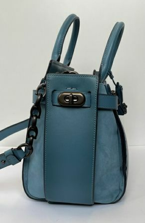 Coach-Double-Swagger-Tote_157011B.jpg