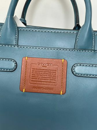 Coach-Double-Swagger-Tote_157011D.jpg