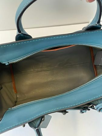 Coach-Double-Swagger-Tote_157011F.jpg