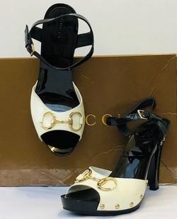 Gucci Size 8.5 Platform Sandals