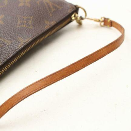 Louis-Vuitton-Pochette_145613C.jpg