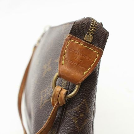 Louis-Vuitton-Pochette_145613F.jpg