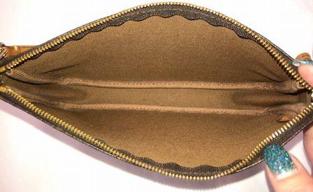 Louis-Vuitton-Pochette_145613G.jpg
