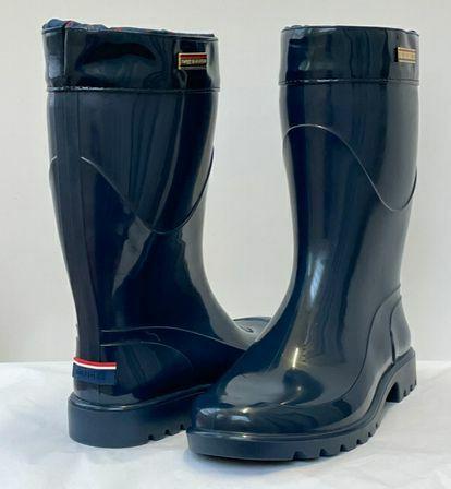 Tommy-Hilfiger-Size-9-Rainboots_153958B.jpg