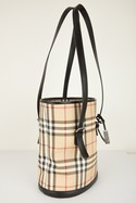 Burberry-Classic-Plaid-Bucket-Bag-with-Black-Leather-Straps_31542B.jpg