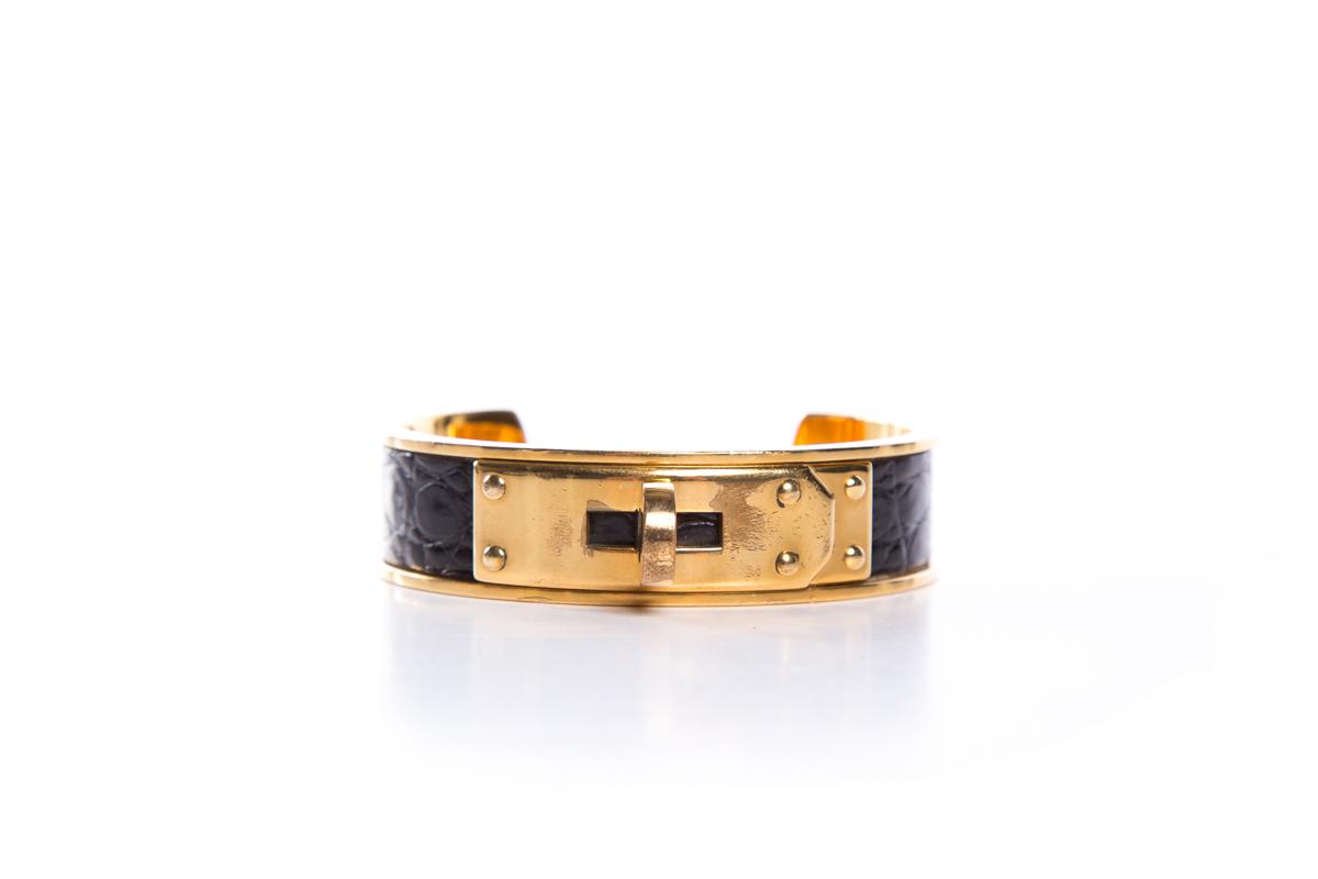 Hermes-Black-Crocodile--Gold-Kelly-Cuff_32195A.jpg