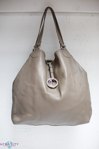 Silver-Versace-Leather-New-Without-Tags-Purse_150750A.jpg
