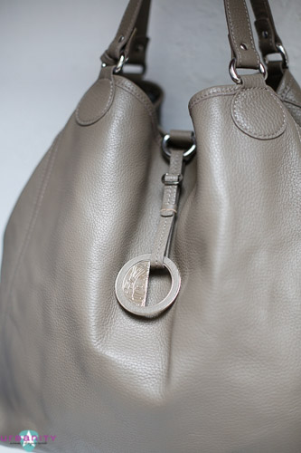 Silver-Versace-Leather-New-Without-Tags-Purse_150750B.jpg