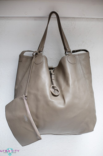 Silver-Versace-Leather-New-Without-Tags-Purse_150750E.jpg